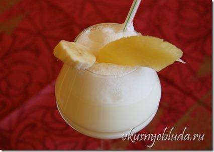 В жаркий летний день так приятно выпить Освежающий Молочный Коктейль!..