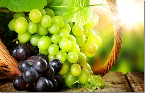 Как приготовить вкусный и очень полезный Фруктовый Салат с Виноградом...